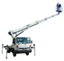 Gizo podnośnik teleskopowy na samochodzie Isoli PT 225